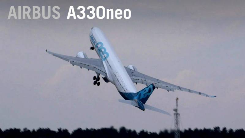 Airbus A330neo Flying Display Over Farnborough